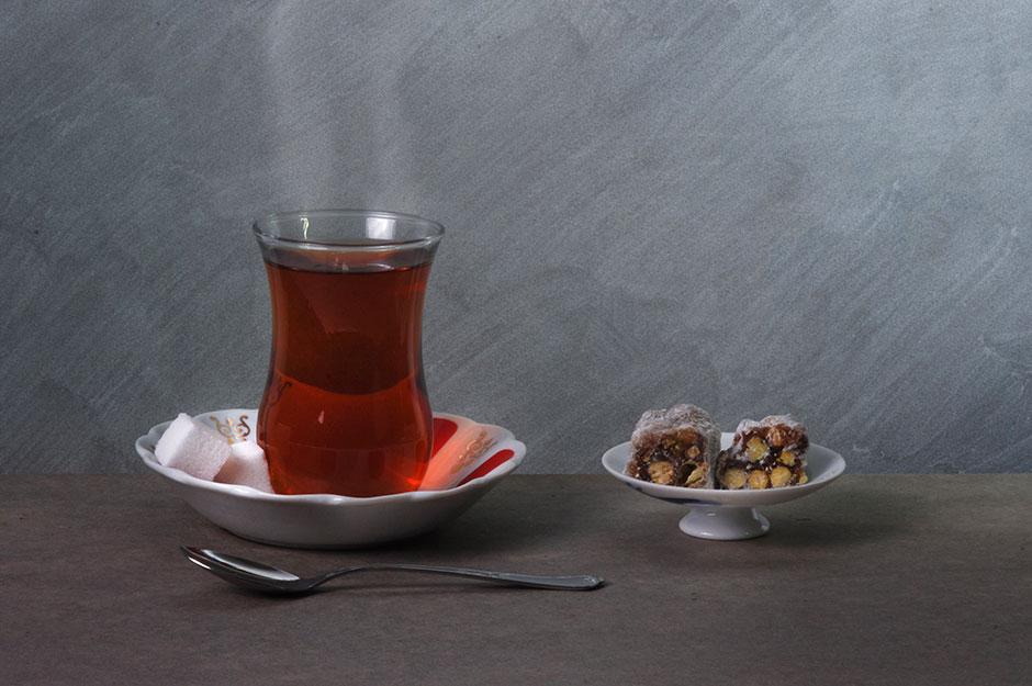 Ceylon Tee mit einer selbst gebastelten Geschenkbox
